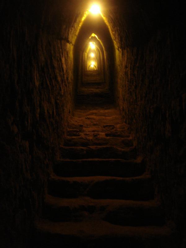 Pueb_Ruin_Tunnel