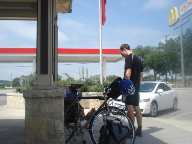 SA_Hitch_Gas_Station