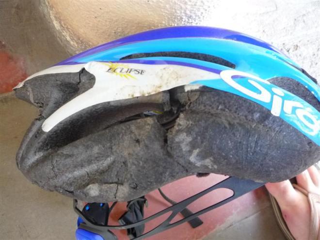 Broken_Helmet