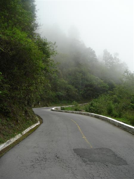 Guate_Steep_Atitlan_Rd
