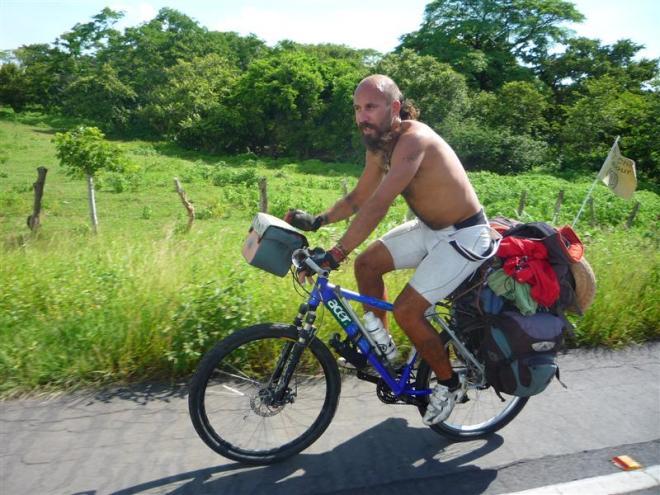 Nica_Antonio_Biking